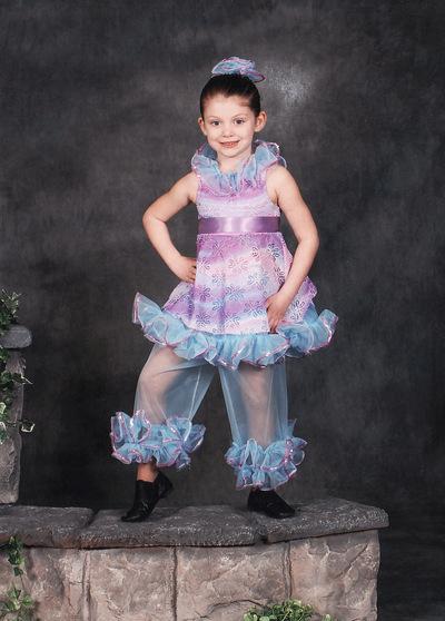 Maddie_dance_2008